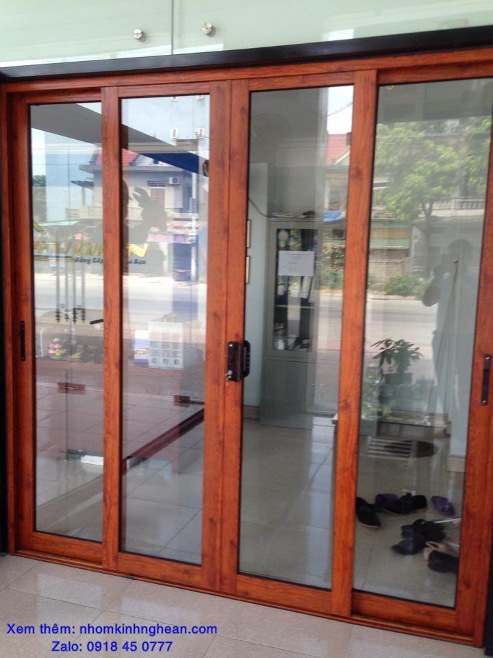 cửa nhôm vân gỗ ở vinh